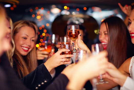 LIMO HIRE FOR NIGHT OUTS IN LEEDS